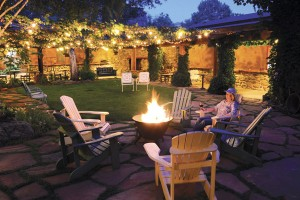 The fire pit in the evening at El Portal Sedona Hotel