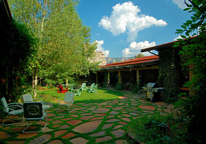 Private and Enchanting Courtyard at El Portal Sedona Hotel