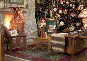 El Portal Sedona Hotel - Cozy Great Room at Christmas