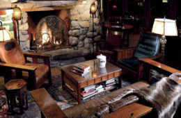 El-Portal-great-room-fireplace-1000p