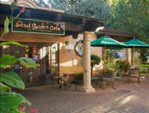 Photo credit Secret Garden Café at Tlaquepaque